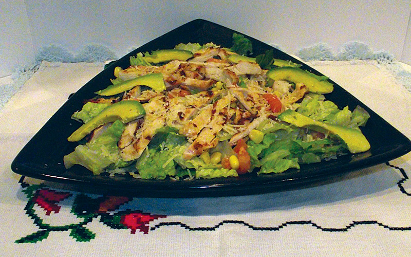 Ensaladas - Casa Rojas Restaurant